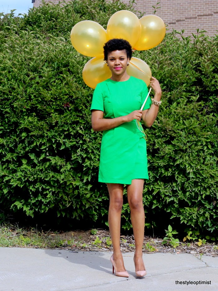 topshop green dress, topshop wrap dress, christian louboutin pigalle 100mm, balloon photoshot, natural hair, faux hawk, big chop 2014, minneapolis fashion blogger, liberian fashion blogger, style optimist