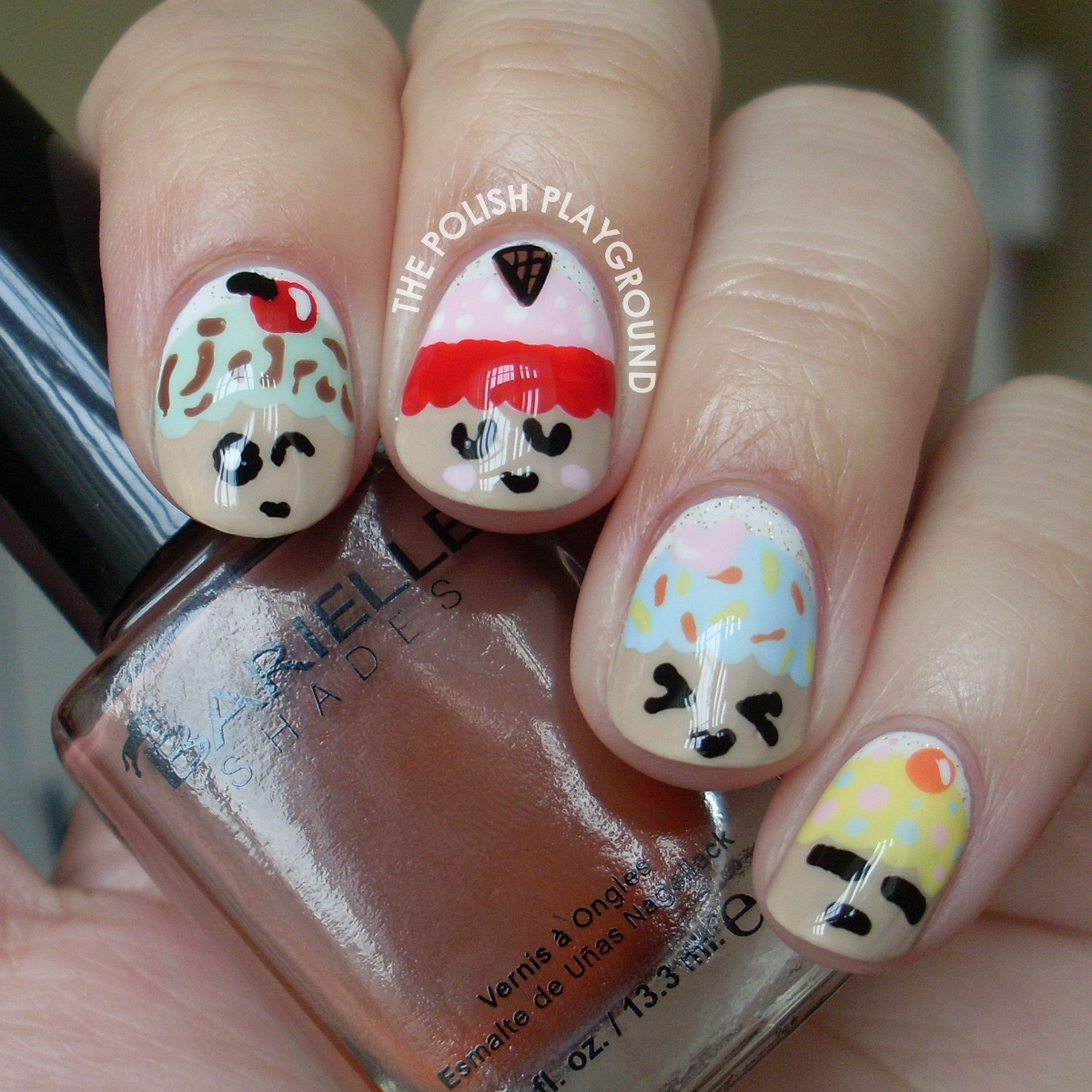 Kawaii Cupcake Nail Art