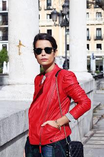 http://4.bp.blogspot.com/-AWwBqUQE8Fs/UWTT5i_oFZI/AAAAAAAAQkw/uQq73Oa2BIo/s1600/Red_Biker_Jacket-Check_Shirt-Street_Style-Outfit-5.jpg