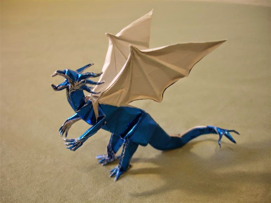 3d origami blue dragon