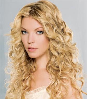 peinado con rizador cabello largo