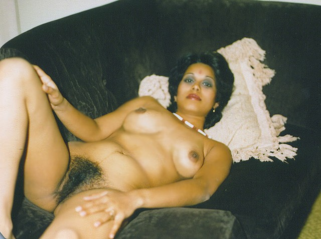 Aunty nude indian hairy
