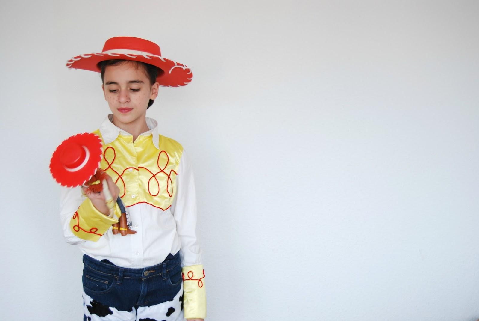 SO SUNNY  Disfraz de Jessie de Toy Story hecho en casa. c7a81ff4928