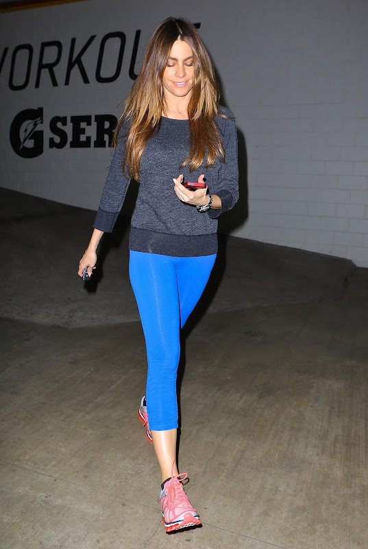 Sofia Vergara wearing blue leggings