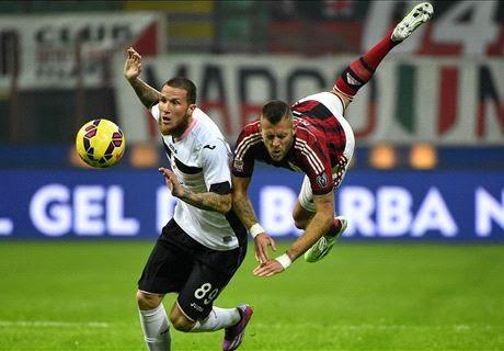Liga Italia : AC Milan vs Palermo : 0-2