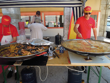 paella at farmers market