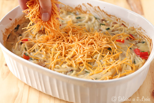 Easy Turkey (or Chicken) Tetrazzini from Scratch {Low-FODMAP, Gluten-Free}  /  Delicious as it Looks