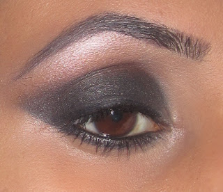 mac carbon folie black smokey eye blog