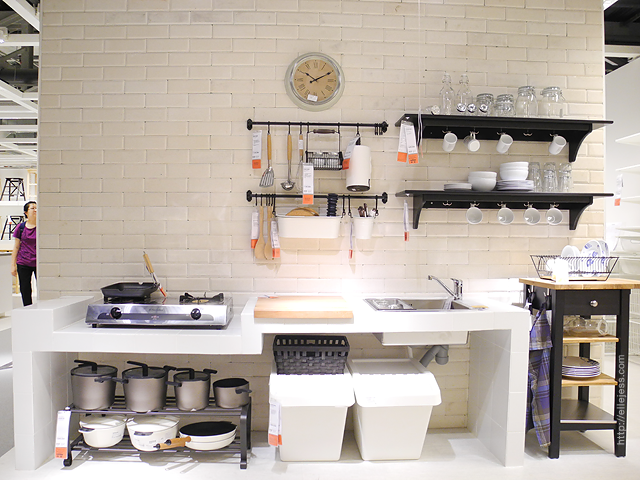 Elle and jess ikea alam sutera tour video for Katalog kitchen set