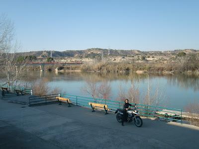 Con vistas al embarcadero del Ebro