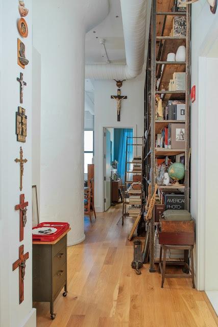 Industrial-Ethno-Design in Jersey - leichtes Einrichten von Flur und Schlafzimmer in Vintage vom Flohmarkt