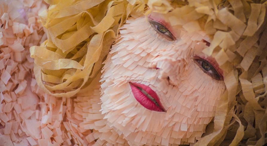 Dulce dolor - Cortometraje - La piñata sadomasoquista