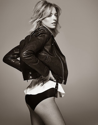 Martha Hunt looks stunning beauty and sexy legging for Singles Korea magazine photo shoot