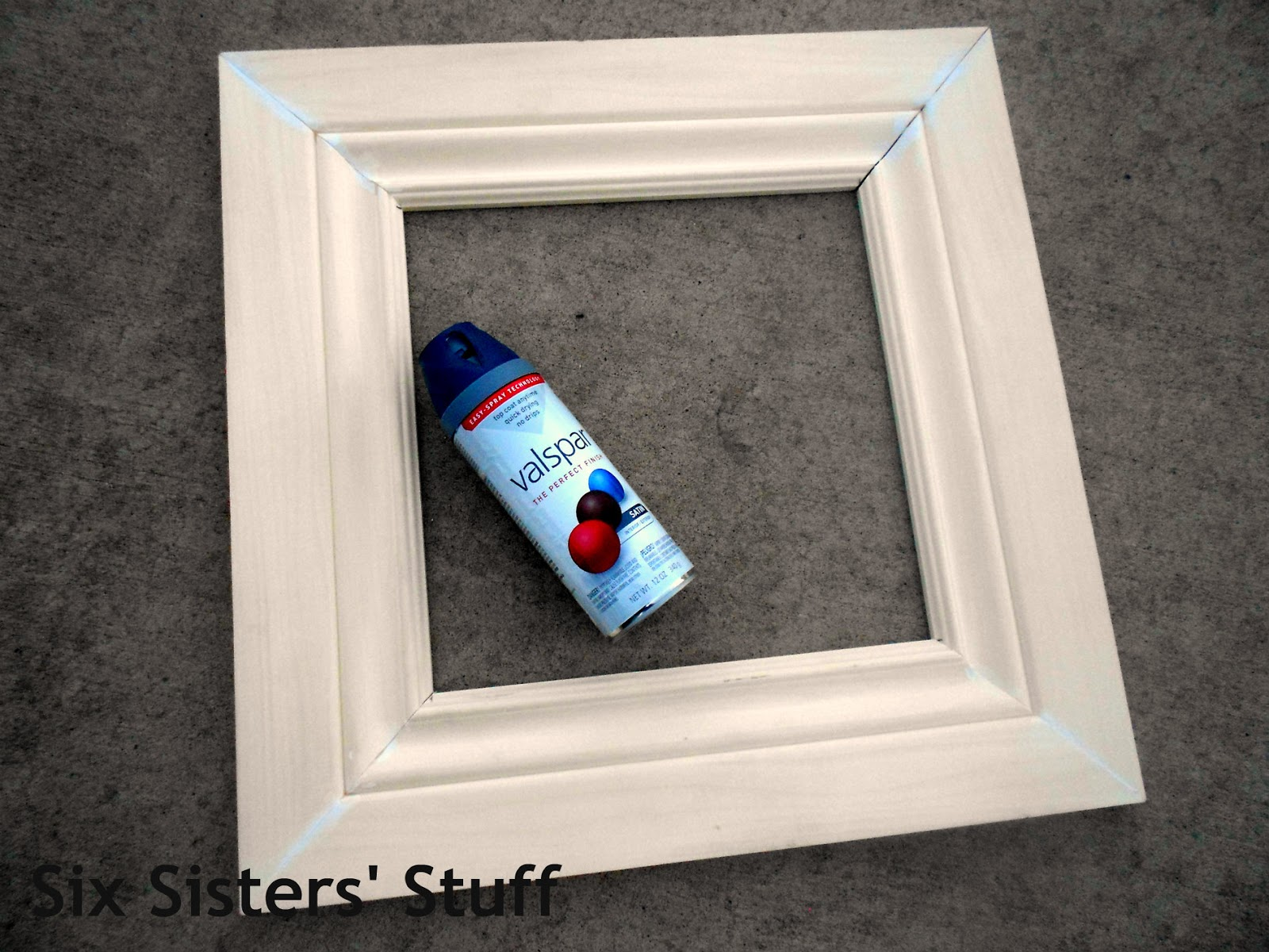Diy crown moulding picture frames lowes 50 and change project diy crown moulding picture frames lowes 50 and change project six sisters stuff jeuxipadfo Images