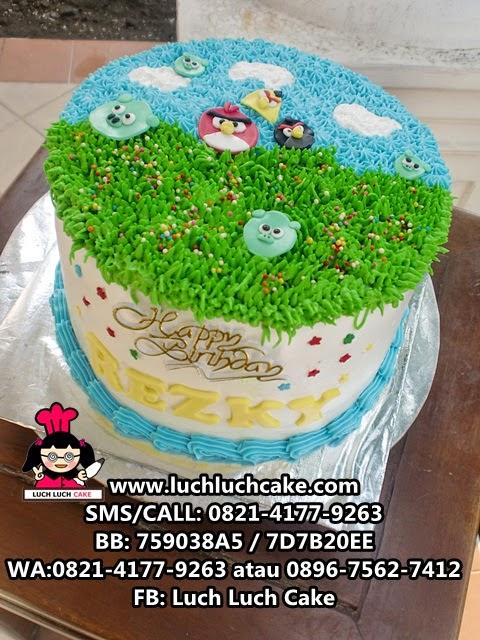 Kue Tart Angry Bird Buttercream Daerah Surabaya - Sidoarjo