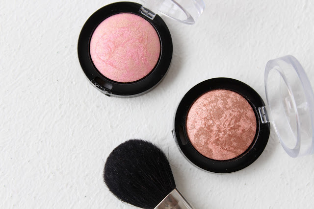 Max Factor Creme Puff Blush, Max Factor Creme Puff Blush review, Max Factor Creme Puff Blush review and swatches
