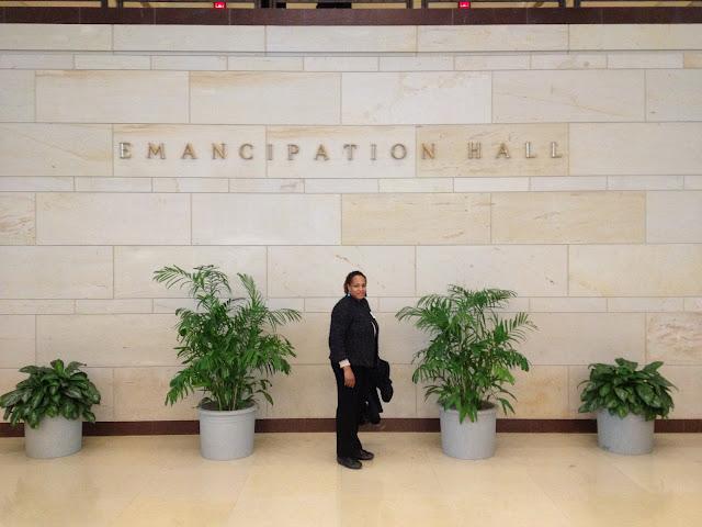 """<img src=""""image.gif"""" alt=""""This is Emancipation Hall"""" />"""