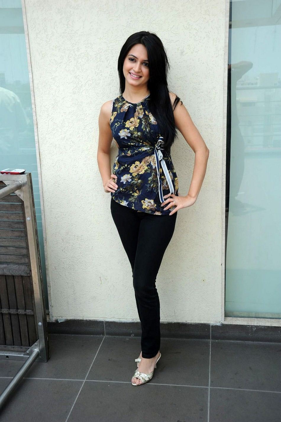 Kriti Kharbanda Latest Spicy Stills Blue Dress