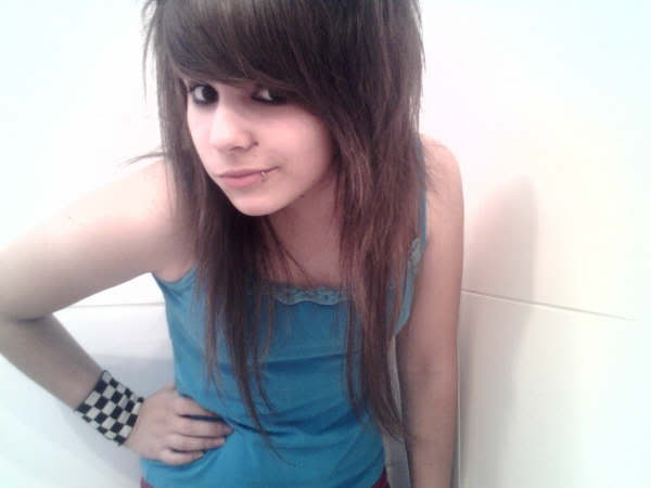 emo hairstyles for girls with thick. cute hairstyles for girls with