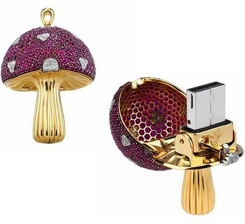 Moshroom USB flash drive