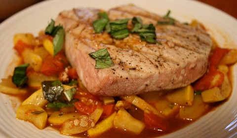 Grilled Tuna with Squash and Tomatoes