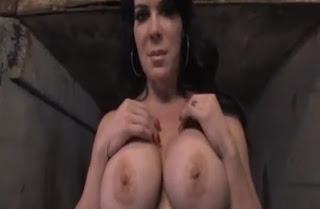 Joanie Laurer sexy Bilder