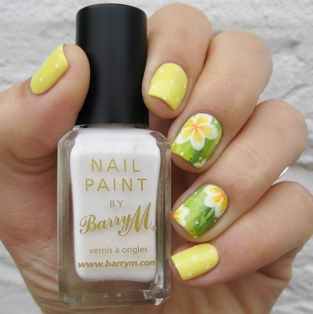 monoi nail art
