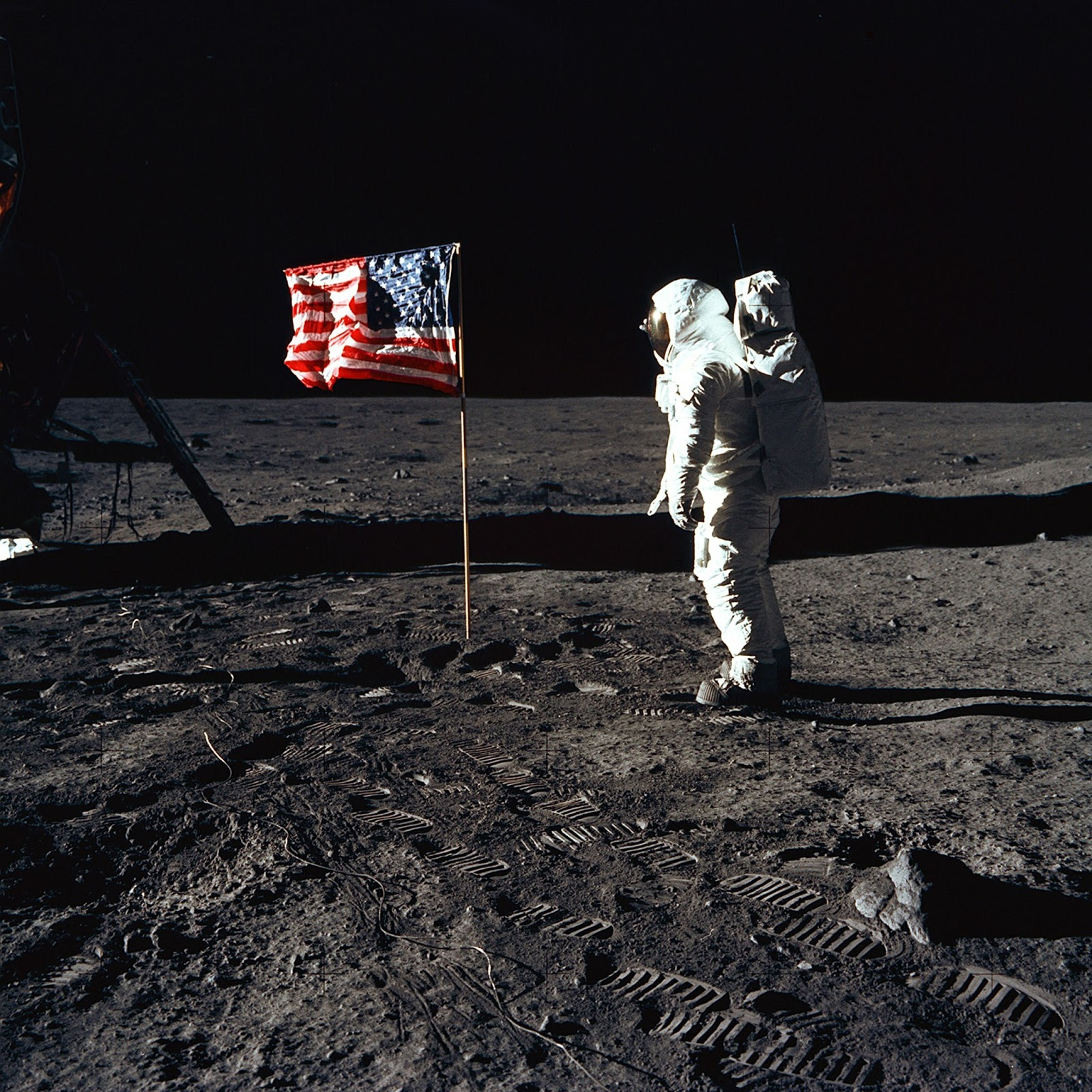 Spaceflight History: Apollo's End: NASA Cancels Apollo 15 ...