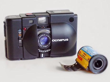 Kamera Dengan Klise