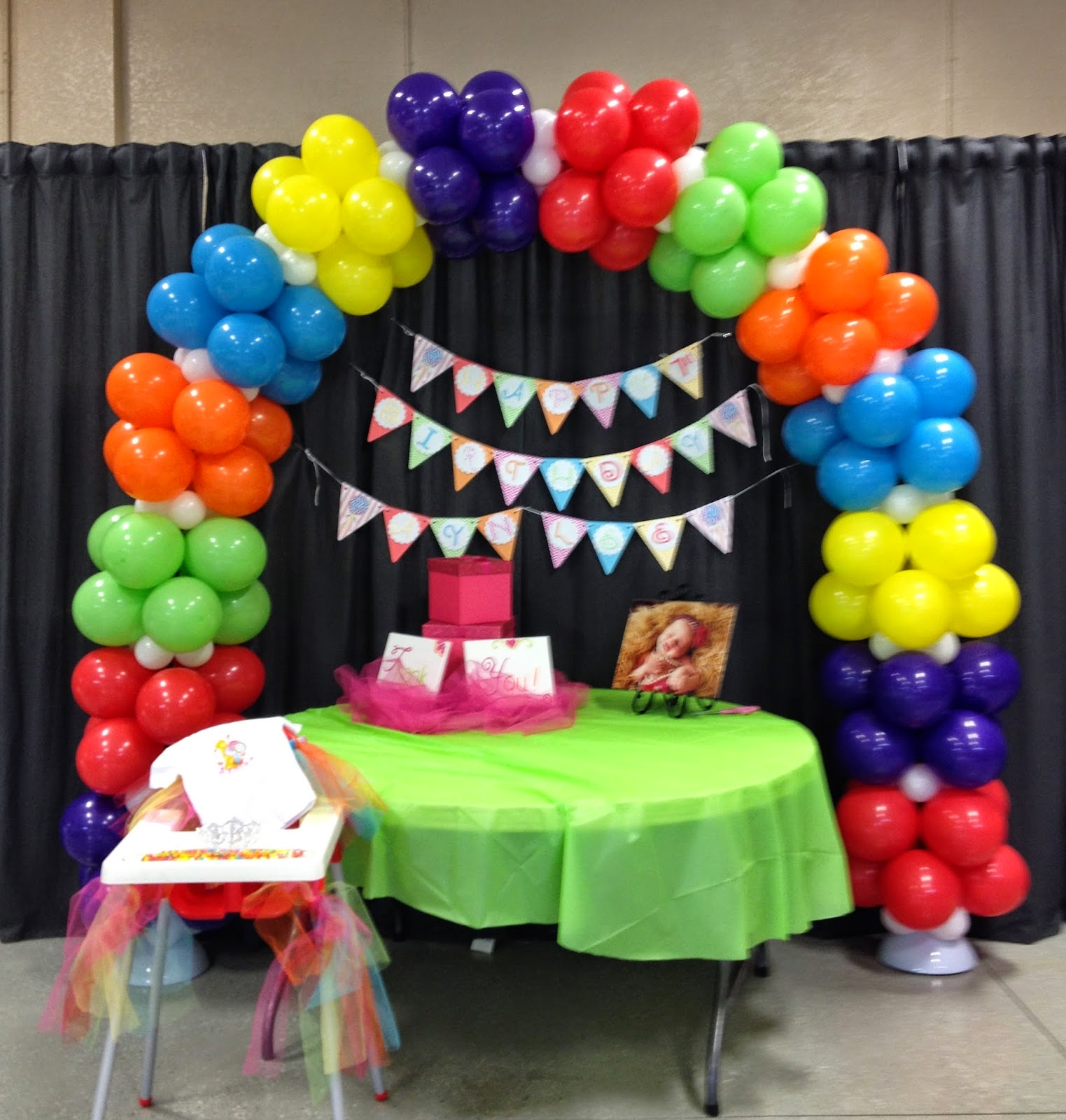 Party people event decorating company candyland balloon arch for Balloon arch decoration
