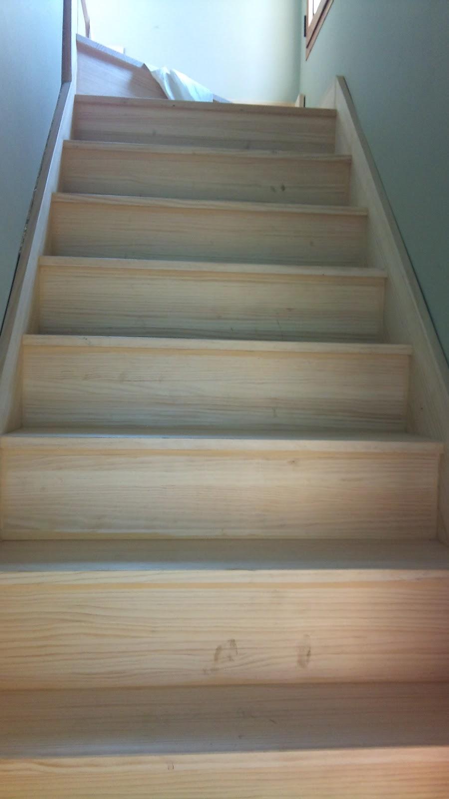 Se hacen trabajos de carpinteria y aluminio escaleras barandas y zocalos - Zocalos para escaleras ...