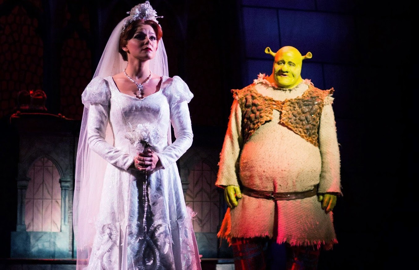 Faye Brookes Fan Blog: Shrek Review & Our Zoo Reminder!