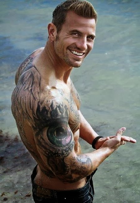 Hot guys with tattoos!