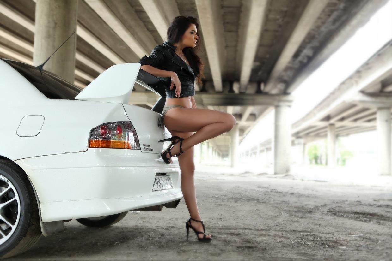 Mitsubishi Lancer Evolution, kobiety i samochody, zdjęcia