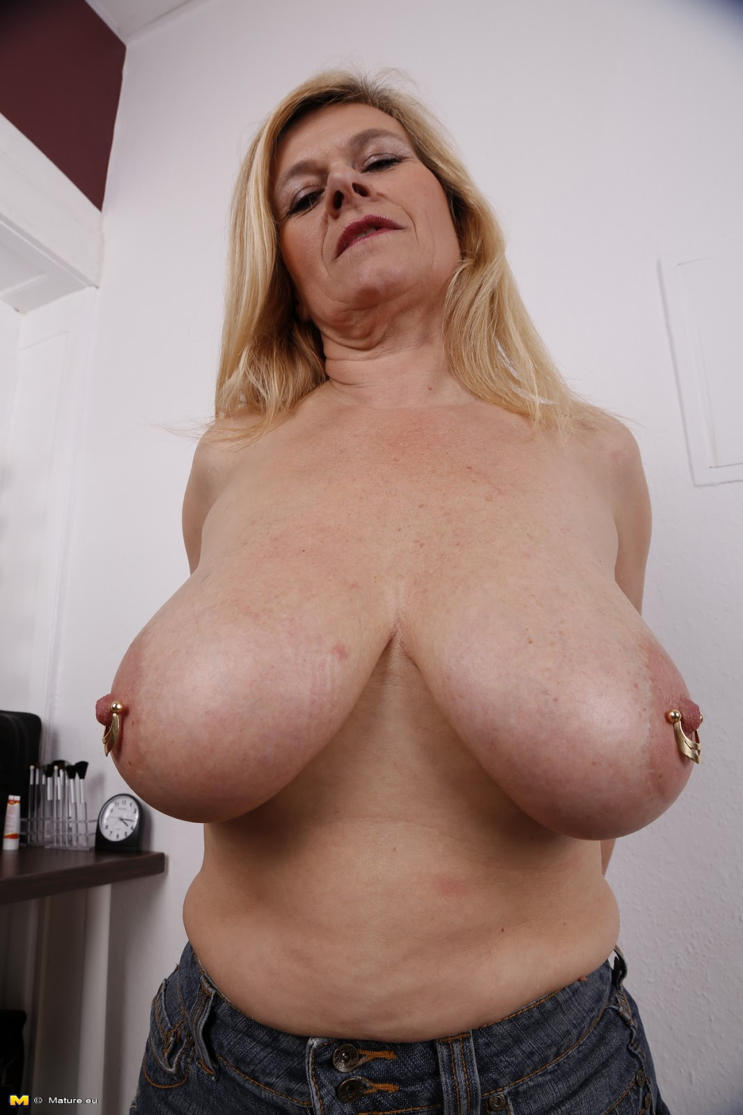 archive of old women .com: Big Breasted Pierced German Woman Solo