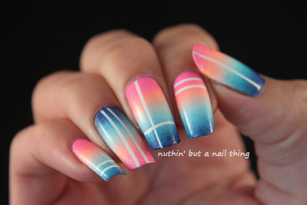 Striping tape gradient