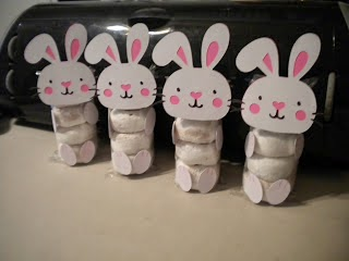 Bunny Doughnuts by Jeans Crafty Corner.