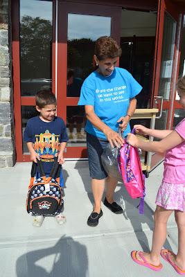 Donating to the Sharing Locker #BagItForward