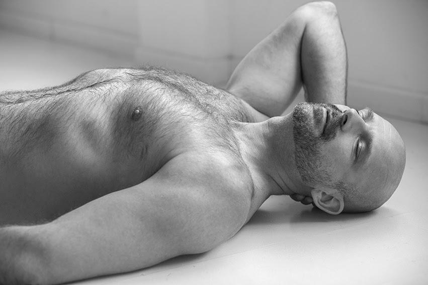 spanish lingam homo massage pics