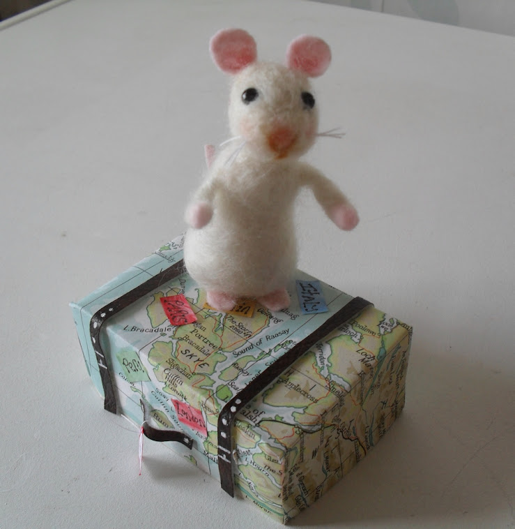 Timmy the felted Mouse