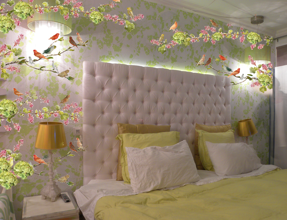 FLOR de LISBOA custom made bedroom wall