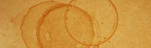 明るめのブラウンが温かみのある雰囲気 | コーヒーのシミのグランジ紙テクスチャー素材