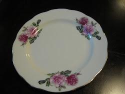 "Platter Twin Roses (Saiz 9"")"