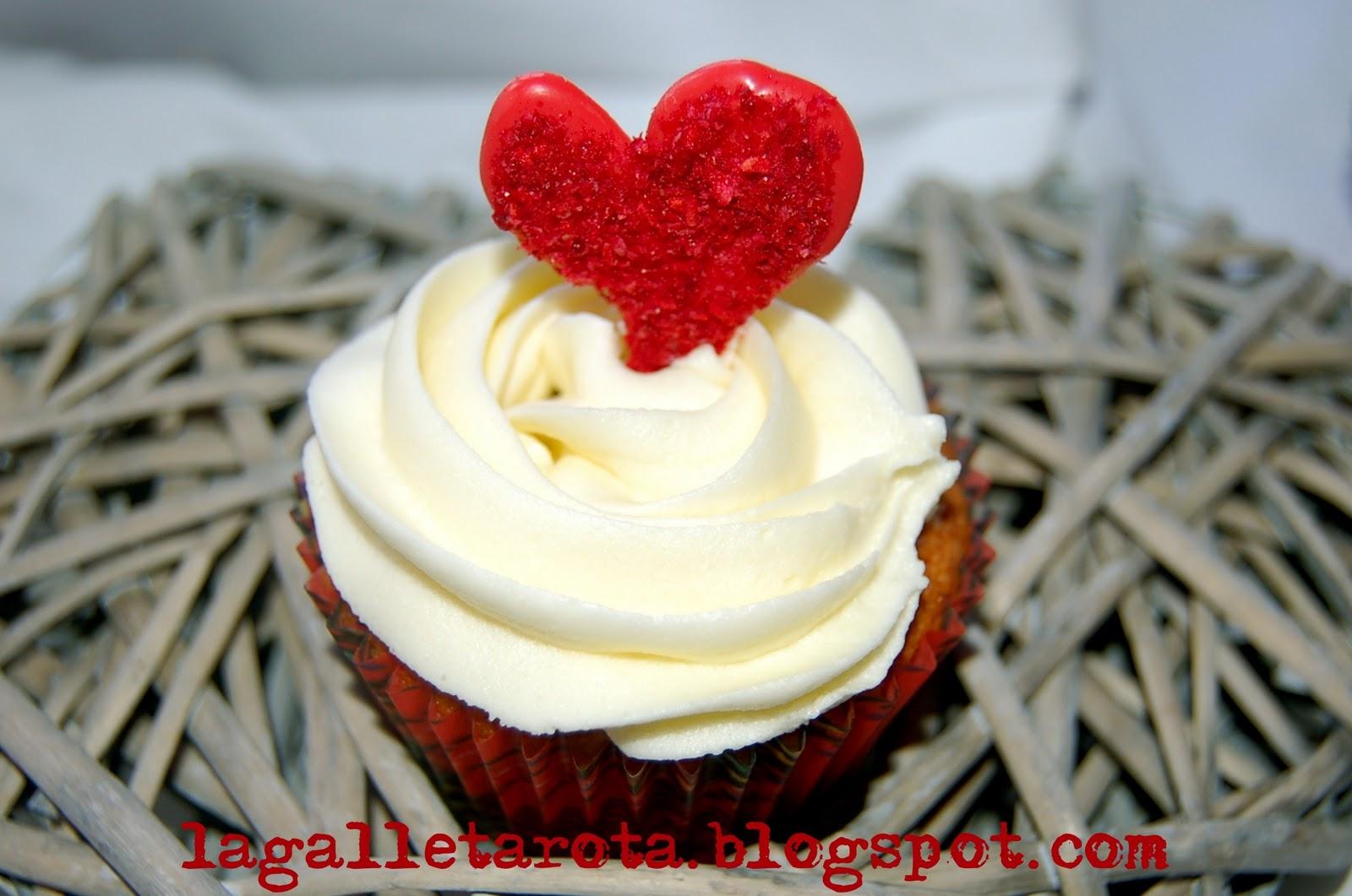 La galleta rota cupcakes de frambuesa y chocolate blanco for Hornear a blanco