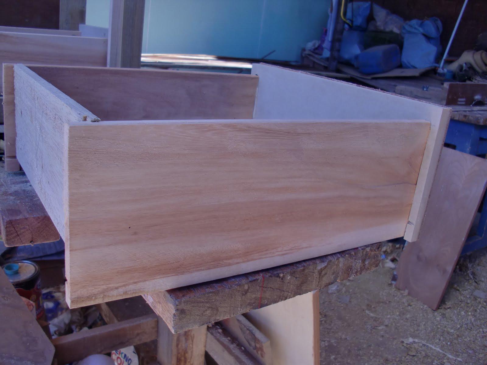 Decoraciones manualidades en madera instalar correderas - Correderas para muebles ...