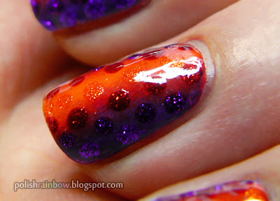Halloween nail art challenge. Halloween gradient with dots.