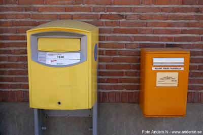 finsk och svensk postlåda