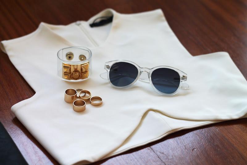 white Zara balenciaga like crop top, sheer accessories