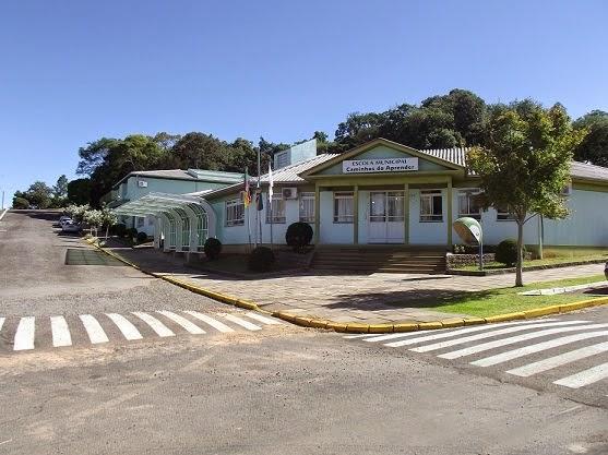 E.M.E.F. CAMINHOS DO APRENDER