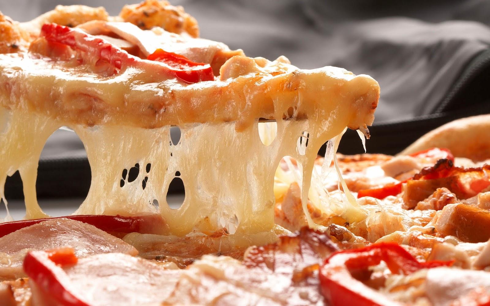 http://4.bp.blogspot.com/-AbT4PVxe5NU/UEsE6QzQEyI/AAAAAAAAG1Q/y2Xc4tZ0LdU/s1600/hd-pizza-achtergrond-lekker-stuk-pizza-met-gesmolten-kaas-hd-eten-wallpaper-foto.jpg